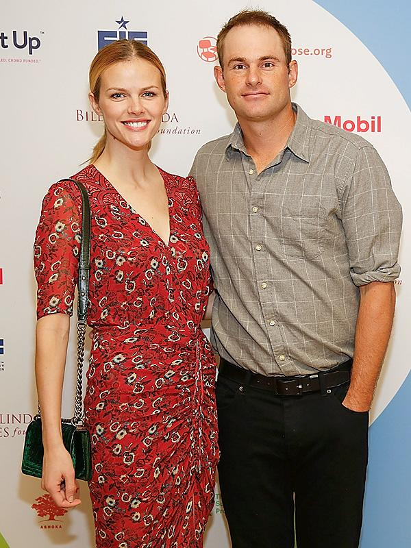 Brooklyn Decker And Andy Roddick Have High Hopes For 5