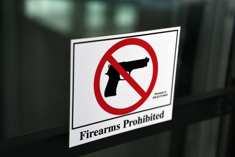 Firearms Prohibited warning sign at City of Chicago, Cook County, The Chicago metropolitan area, Illinois, USA