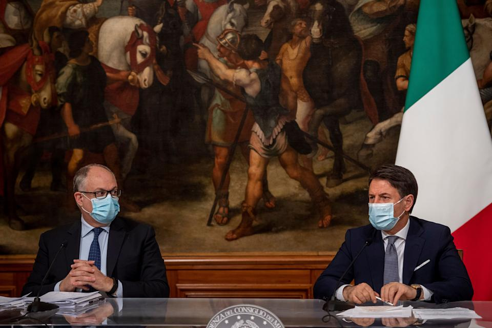 ROME, ITALY - OCTOBER 19: Italian Prime Minister Giuseppe Conte (R) and Italian Minister of Economy and Finance Roberto Gualtieri hold a press conference about the government's new 2021 budget bill at Palazzo Chigi on October 19, 2020 in Rome, Italy. (Photo by Antonio Masiello/Getty Images) (Photo: Antonio Masiello via Getty Images)