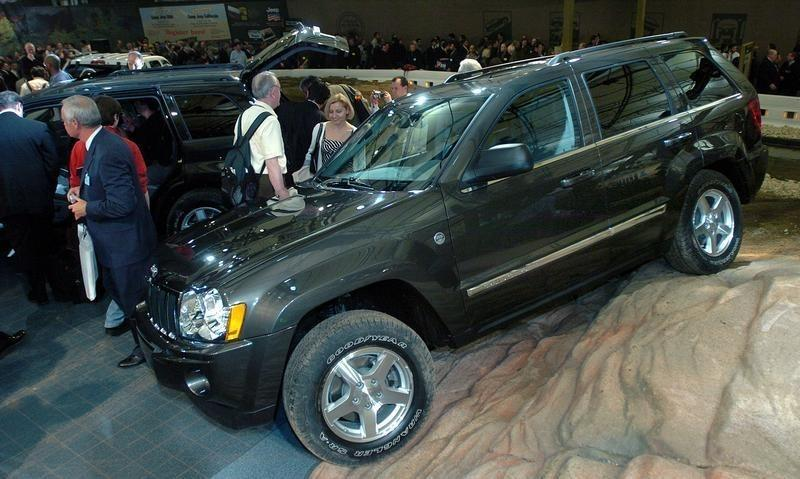 JEEP GRAND CHEROKEE AT NEW YORK AUTOMOBILE SHOW.