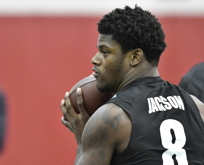 The Patriots got a first-hand look at Lamar Jackson during the quarterback's pro day at Louisville. (AP)