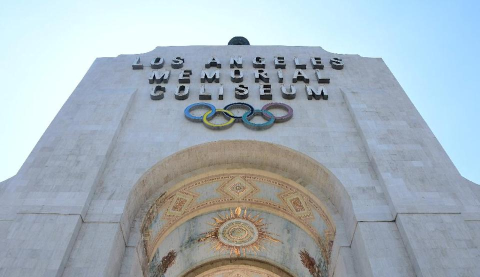 Los Angeles has offered to renovate the Memorial Coliseum -- which was the venue for the 1984 Olympic Games -- as part of its bid to host the Olympic Games in 2024 (AFP Photo/FREDERIC J. BROWN)