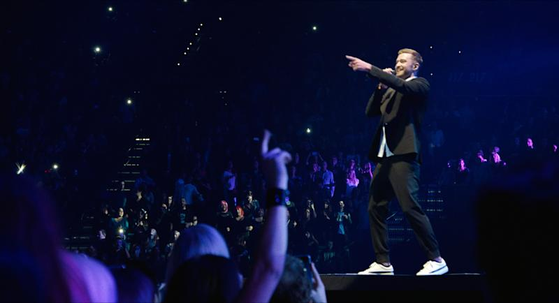 """In this image released by Netflix, Justin Timberlake performs in """"Justin Timberlake + the Tennessee Kids,"""" a concert film premiering on Oct. 12, 2016 on Netflix. (Tennman Entertainment, Inc./Netflix via AP)"""