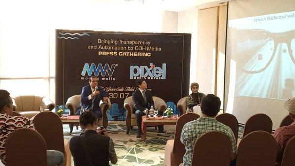 From Left: Srikanth Ramachandran, Founder and CEO of Moving Walls and Effendy Gunawan, CEO of Pixel Media Inovasi, during the press launch at the Groove Suite Hotel in Jakarta, Indonesia.