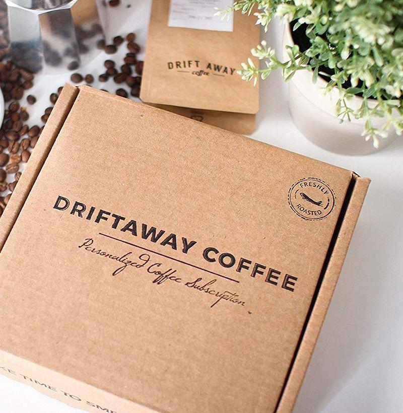 """<p><strong>Driftaway</strong></p><p>driftaway.coffee</p><p><strong>$29.00</strong></p><p><a href=""""https://go.redirectingat.com?id=74968X1596630&url=https%3A%2F%2Fdriftaway.coffee%2Fcoffee-gifts%2F&sref=https%3A%2F%2Fwww.esquire.com%2Flifestyle%2Fg19735637%2Flast-minute-fathers-day-gifts-ideas%2F"""" rel=""""nofollow noopener"""" target=""""_blank"""" data-ylk=""""slk:Buy"""" class=""""link rapid-noclick-resp"""">Buy</a></p><p>For the dad who will only start his day with the very best coffee, sourced from around the globe.</p>"""