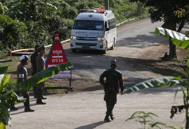 <p>An ambulance with flashing lights leaves the cave rescue area in Mae Sai, Chiang Rai Province, northern Thailand, July 9, 2018. (Photo: Sakchai Lalit/AP) </p>