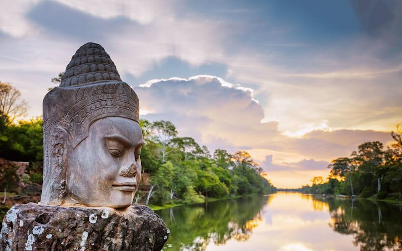 Cambodia is an adventurous spot for some winter sun - efired - Fotolia