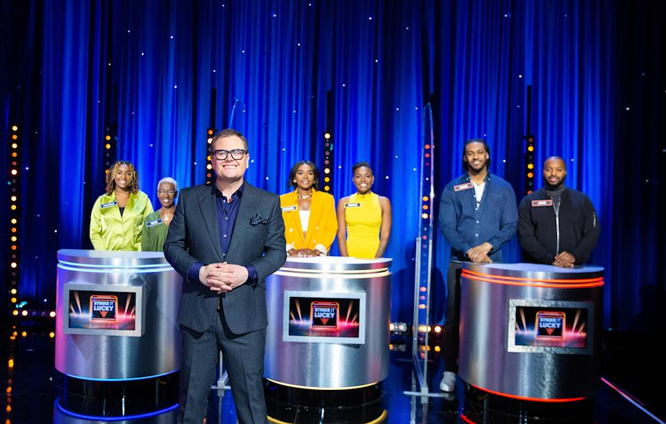 Alan Carr's Epic Gameshow: SR2: Ep5: Strike It Lucky on ITV  Pictured: Rochelle and Rosie, Alan Carr, Natasha and Natalie and Craig and Jamie.  (Talkback)
