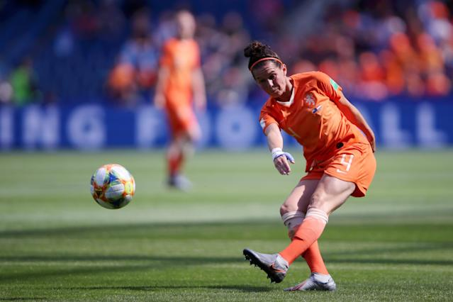 Merel Van Dongen of the Netherlands passes the ball during the 2019 FIFA Women's World Cup France group E match between New Zealand and Netherlands at on June 11, 2019 in Le Havre, France. (Photo by Alex Grimm/Getty Images)