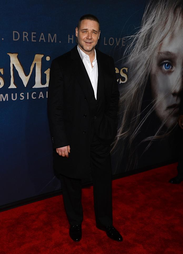"NEW YORK, NY - DECEMBER 10:  Russell Crowe attends the ""Les Miserables"" New York premiere at Ziegfeld Theatre on December 10, 2012 in New York City.  (Photo by Larry Busacca/Getty Images)"