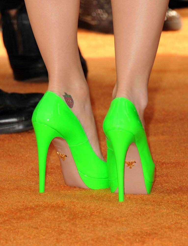 Singer Katy Perry (shoe detail) attends Nickelodeon's 25th Annual Kids' Choice Awards held at Galen Center on March 31, 2012 in Los Angeles, California. (Jason Merritt, Getty Images)