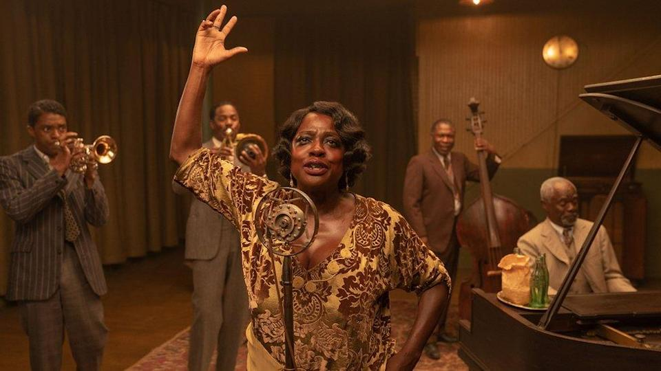 Chadwick Boseman and Viola Davis with other cast members of Ma Rainey's Black Bottom