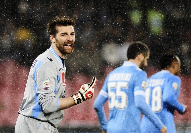 Napoli's goalkeeper Morgan De Sanctis, pictured during their Italian Serie A match against Catania, at San Paolo Stadium in Naples, on February 2, 2013. Napoli play Lazio next, on Saturday