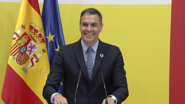 Spain to allow all vaccinated travellers in from June 7
