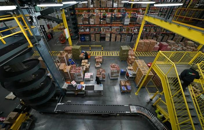 FreshDirect's depot, in New York City's Bronx borough, is mostly automated (AFP Photo/TIMOTHY A. CLARY)