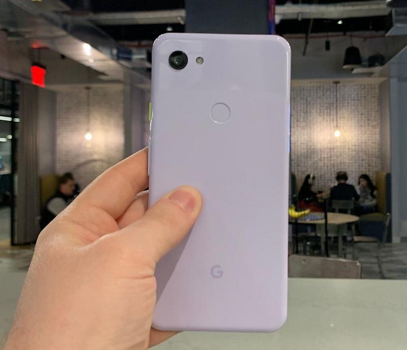 The Google Pixel 3a has a plastic body, but feels sturdy. (Image: Dan Howley)