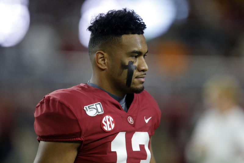 Alabama Crimson Tide quarterback Tua Tagovailoa (13) before the start of an NCAA football game against the Tennessee Volunteers at Bryant-Denny Stadium. (USAT)