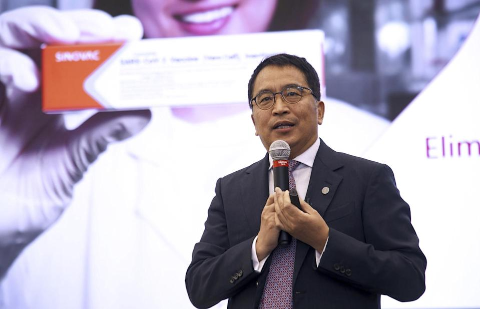 Yin Weidong, CEO of SinovacBiotech, said the company was on track to produce 2 billion doses of CoronaVac vaccines by June. Photo: Bloomberg