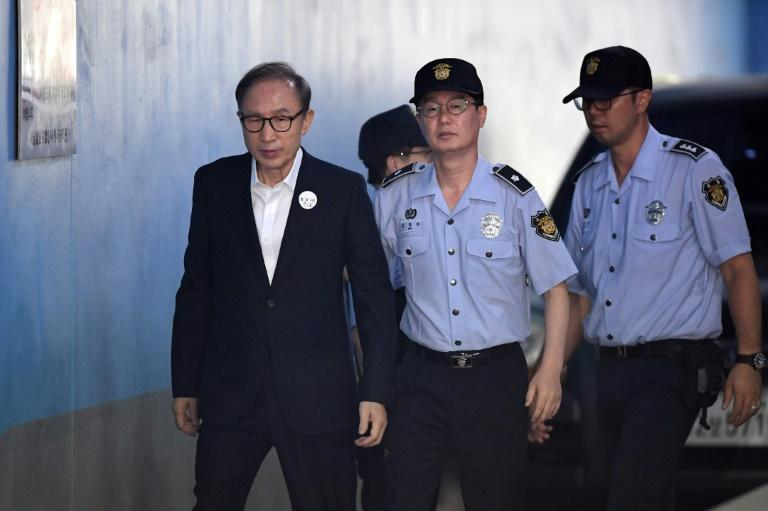 Lee Myung-bak (L) served as South Korean president from 2008 to 2013