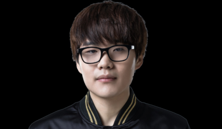 TANK is the mid laner for Young Glory (Snake eSports weibo)