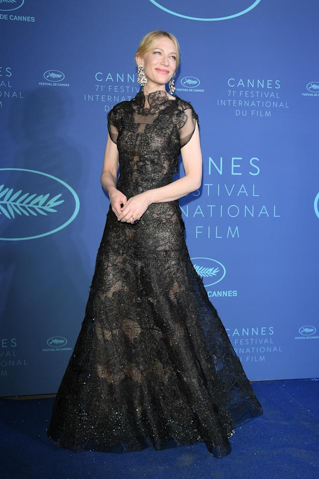 <p>Blanchett decided on a gorgoeusly gothic Armani Privé gown from the brand's autumn/winter 2013 collection.(Photo: Getty) </p>