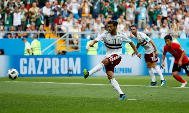 Soccer Football - World Cup - Group F - South Korea vs Mexico - Rostov Arena, Rostov-on-Don, Russia - June 23, 2018 Mexico's Carlos Vela scores their first goal from a penalty REUTERS/Jason Cairnduff TPX IMAGES OF THE DAY