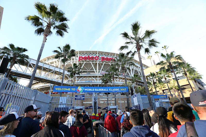 </a> SAN DIEGO, CA - MARCH 18: Fans line up outside the gates before Game 6 of Pool F of the 2017 World Baseball Classic between Team USA and Team Dominican Republic on Saturday, March 18, 2017 at Petco Park in San Diego, California. (Photo by Alex Trautwig/WBCI/MLB Photos via Getty Images)Alex Trautwig MLB Photos via Getty Images