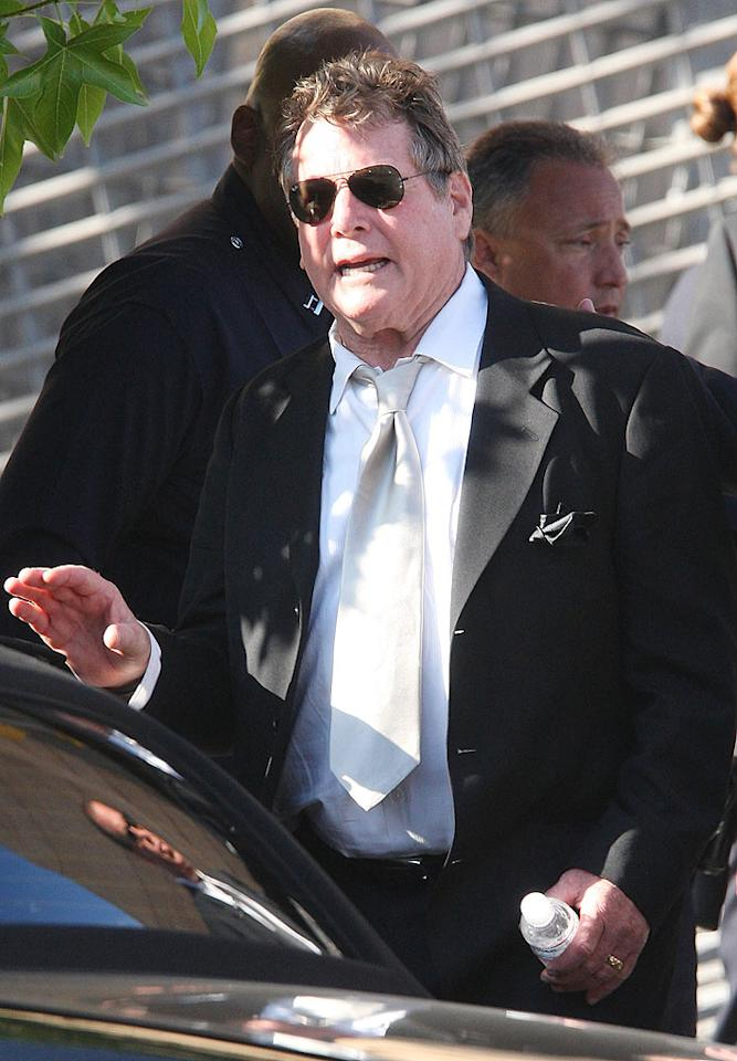 "Jackson's memorial won't be held until Tuesday, but funeral services were held this week for Farrah Fawcett, who died on the same day as the singer. Her fiance, Ryan O'Neal, was one of the pallbearers and gave a reading at the private service. Jason Merritt/<a href=""http://www.gettyimages.com/"" target=""new"">GettyImages.com</a> - June 30, 2009"