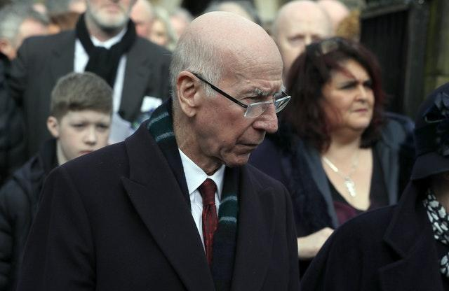 Sir Bobby Charlton has been diagnosed with dementia, his wife has said