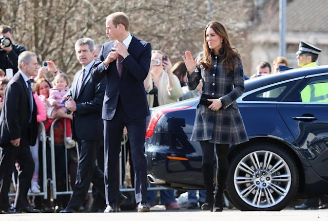 GLASGOW, UNITED KINGDOM - APRIL 04: Prince William, Earl of Strathearn and Catherine, Countess of Strathearn visit the Donald Dewar Leisure Centre to launch a new project for their foundation on April 4, 2013 in Glasgow, Scotland. The Royal Foundation of The Duke and Duchess of Cambridge and Prince Harry is partnering with Glasgow Sport and the Hunter Foundation on a new pilot as part of its national Coach Core initiative. (Photo by Chris Jackson/Getty Images)