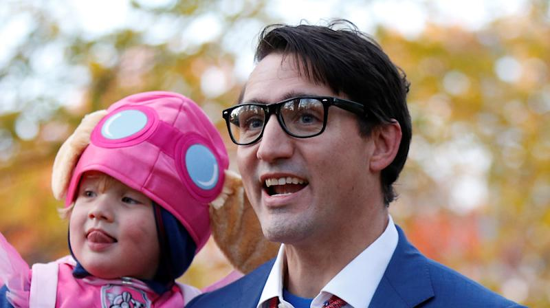 Justin Trudeau Dressed As Clark Kent For Halloween And It Was Super, Man