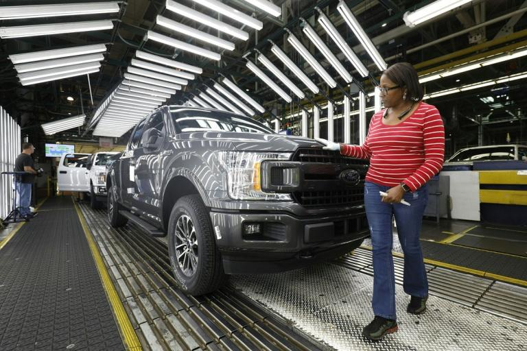 US durable goods see slower August growth but recovery continues