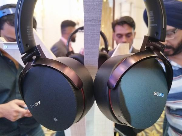 Sony XB950B1 review