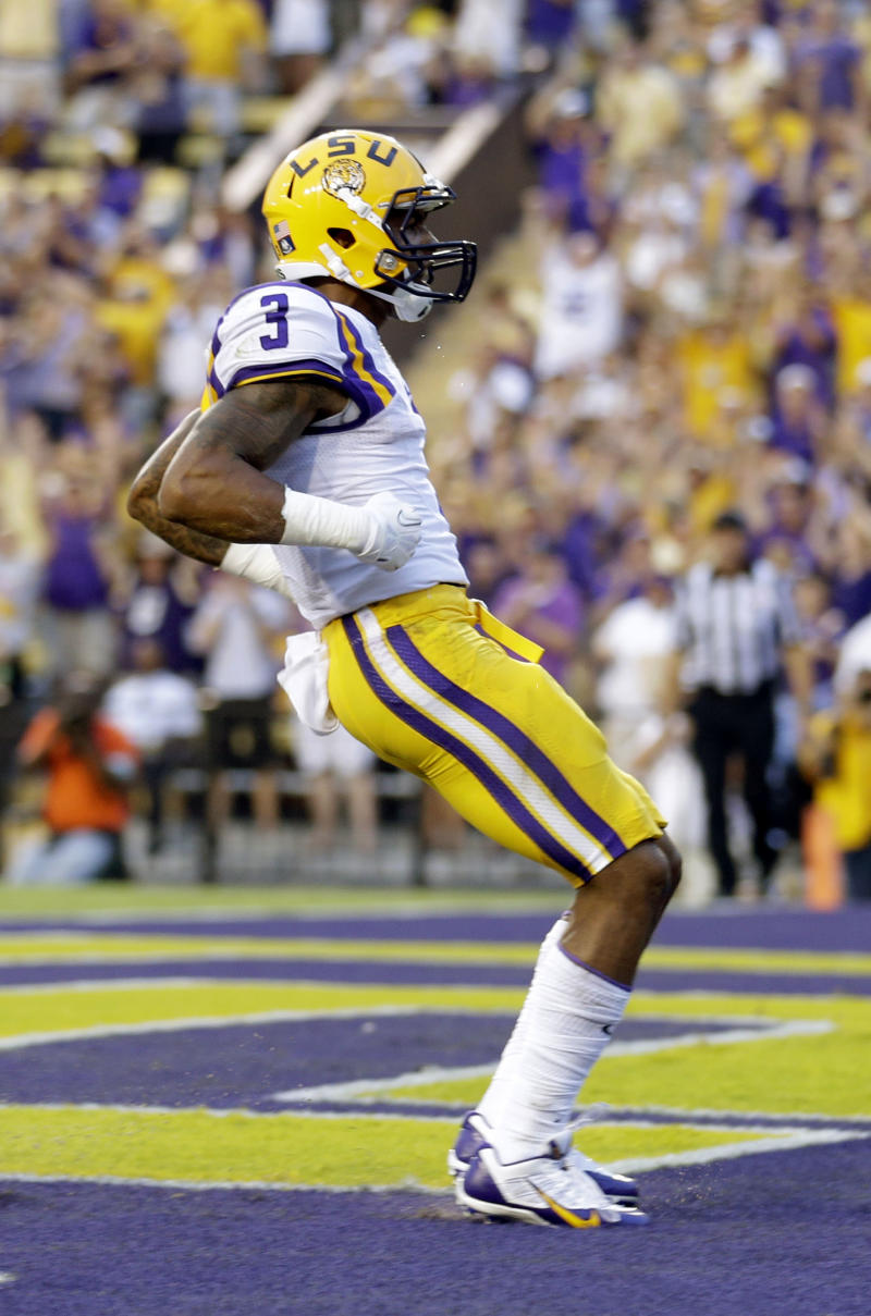 No. 9 LSU airs it out in 56-17 win over UAB