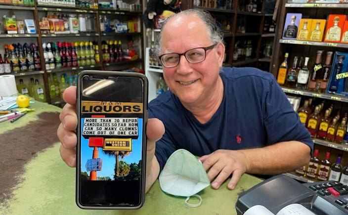Robert Gewanter causes quite a stir with the messages he posts at his Hialeah liquor store, M&M Liquors.
