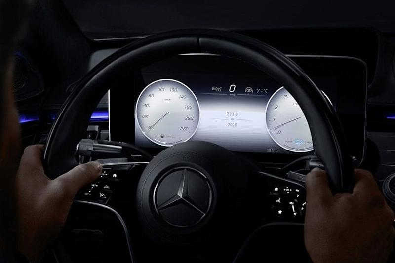 https://media.mbusa.com/