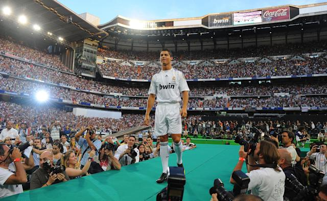 <p>Ronaldo is unveiled as a Real Madrid player in 2009. </p>