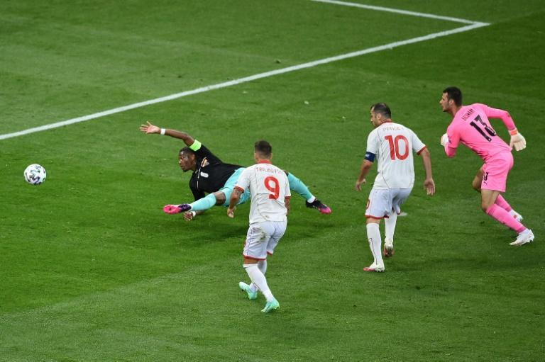 Pandev netted after calamitous defending by Austria