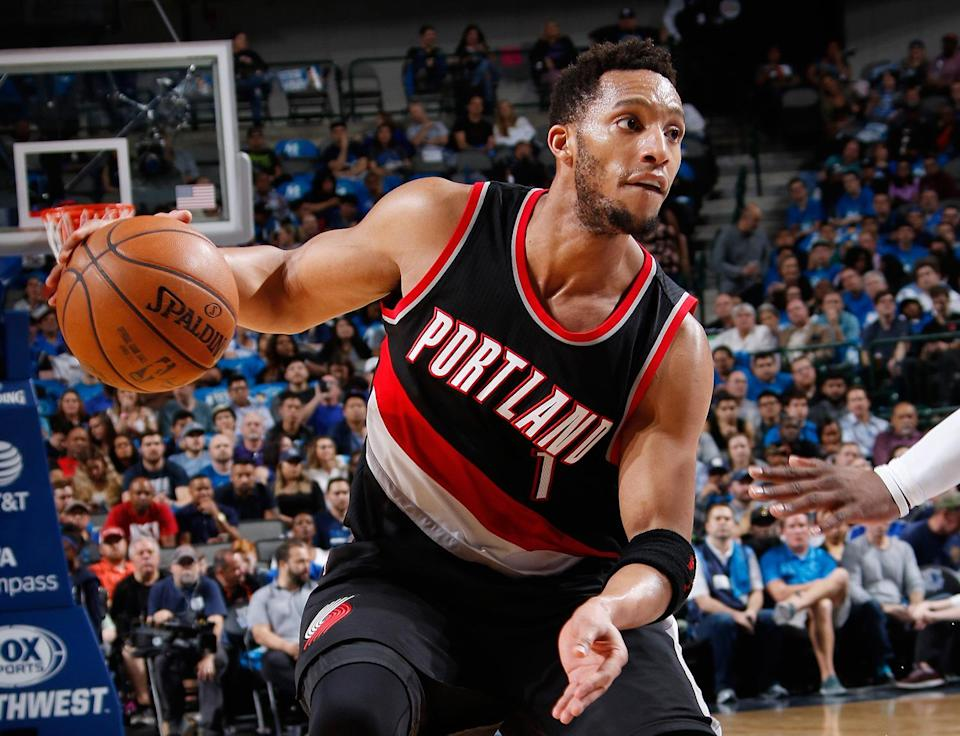 Evan Turner dribbles with his right hand, before the ... unpleasantness. (Getty Images)