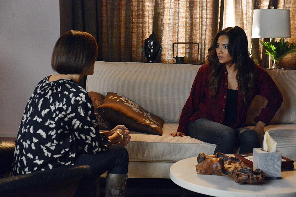 """""""Dead to Me"""" - As the girls say goodbye to Alison again, new information is dug up, in """"Dead to Me,"""" an all new episode of ABC Family's hit original series """"Pretty Little Liars."""""""