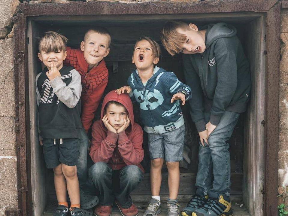 The five walker kids who live in an rv with their parents