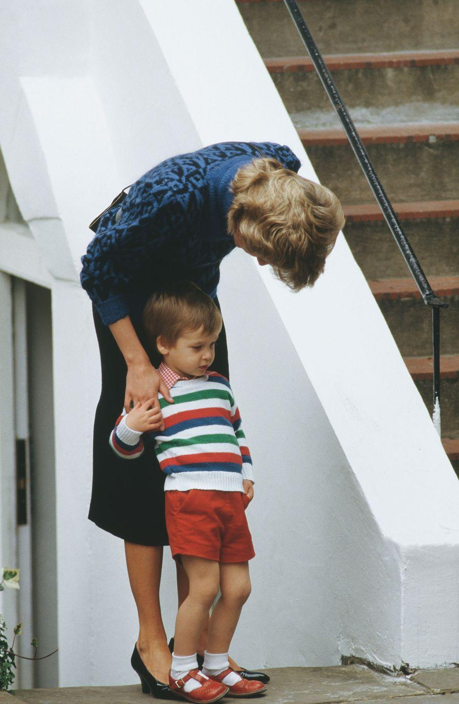 <p>Princess Diana takes her eldest son Prince William to his first day at Mrs Mynor's Nursery School in London.</p>