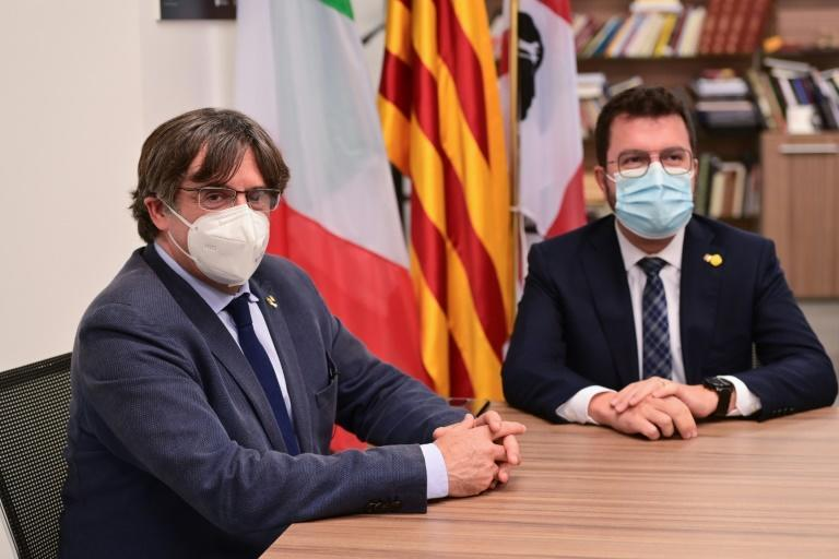Puigdemont on Saturday met with Catalan regional president Pere Aragones, who had come to Sardinia to support him in his battle against extradition to Spain (AFP/MIGUEL MEDINA)