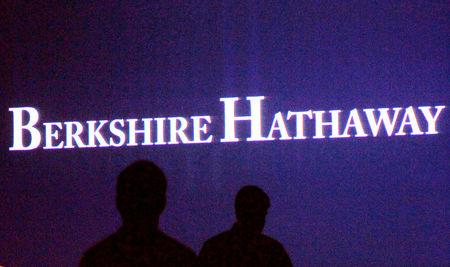 Warren Buffett's Berkshire Hathaway Raises Stake in Apple by 23.3 Percent