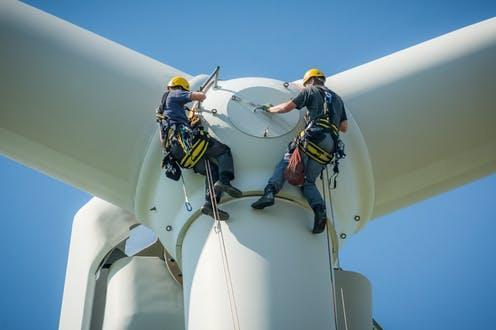 """<span class=""""attribution""""><a class=""""link rapid-noclick-resp"""" href=""""https://www.shutterstock.com/image-photo/inspection-engineers-preparing-rappel-down-rotor-1244998828"""" rel=""""nofollow noopener"""" target=""""_blank"""" data-ylk=""""slk:Jacques Tarnero/Shutterstock"""">Jacques Tarnero/Shutterstock</a></span>"""