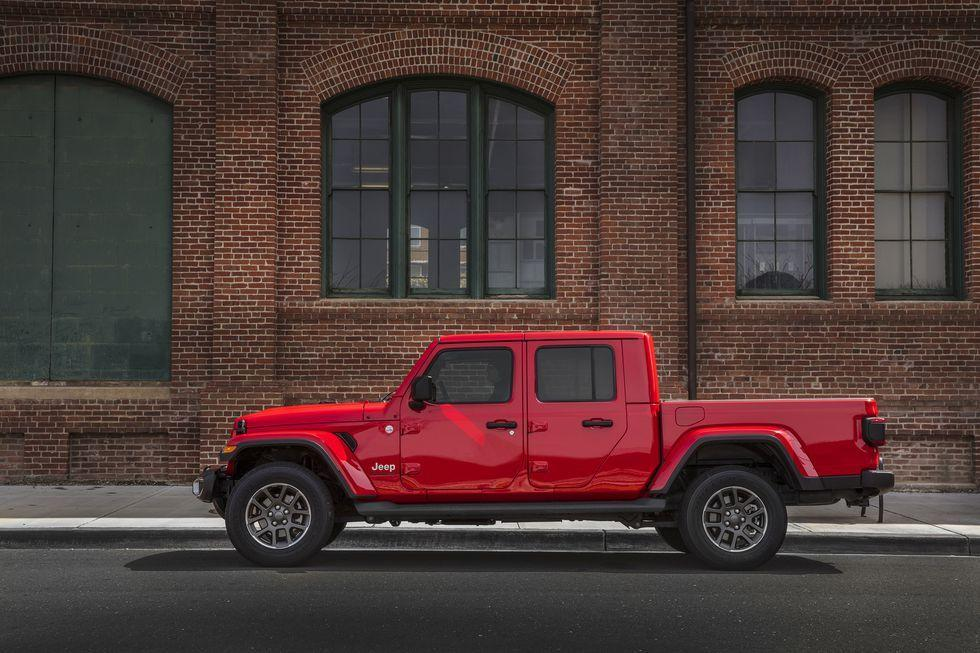 """<p>Gladiators were ancient Roman warriors that fought in colosseums. The Jeep Gladiator is just as tough, and it can travel to more places than just big fighting arenas. <a href=""""https://www.ebay.com/itm/2020-Jeep-Gladiator-Overland/192927706394?hash=item2ceb632d1a:g:h9QAAOSwSCZcyoqC"""" target=""""_blank"""">Here's an Overland version</a> on eBay right now. </p>"""