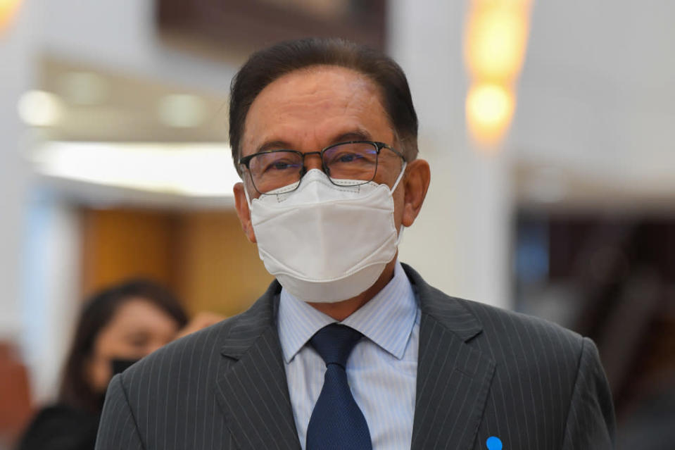 In his speech, the Port Dickson MP voiced his protest against the decision, in which he said calling off the vote was never part of the negotiations that led to the signing of a historic memorandum of understanding yesterday. — Bernama pic