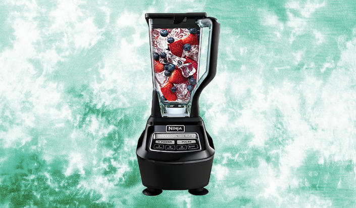 Save big on this powerhouse blender. (Photo: Amazon)