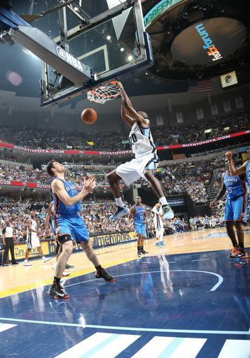 MEMPHIS, TN - MAY 11: Quincy Pondexter #20 of the Memphis Grizzlies dunks the ball during the Game Three of the Western Conference Semifinals between the Oklahoma City Thunder and the Memphis Grizzlies during the 2013 NBA Playoffs on May 11, 2013 at FedExForum in Memphis, Tennessee. (Photo by Layne Murdoch/NBAE via Getty Images)