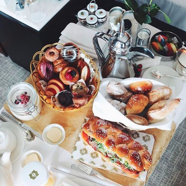The Shangri-La, Dubai sure knows how to put on a breakfast spread.